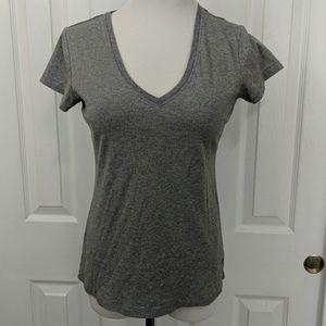 Gray Banana Republic t-shirt size L